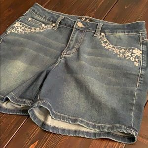 Earl Jean denim Shorts highly embellished